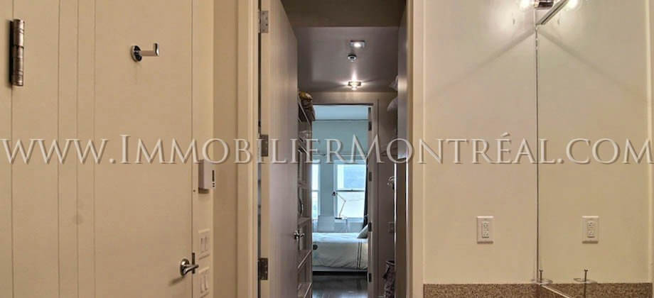 2-Bedrooms-2-Chambres-Vieux-Montreal-Old-Montreal-750-Place-d-Armes-83-For-Rent-A-Louer-19