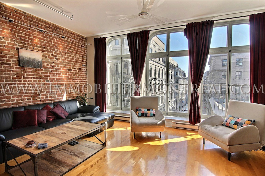 Loft vieux montr al location appartements meubl s for Studio meuble a montreal