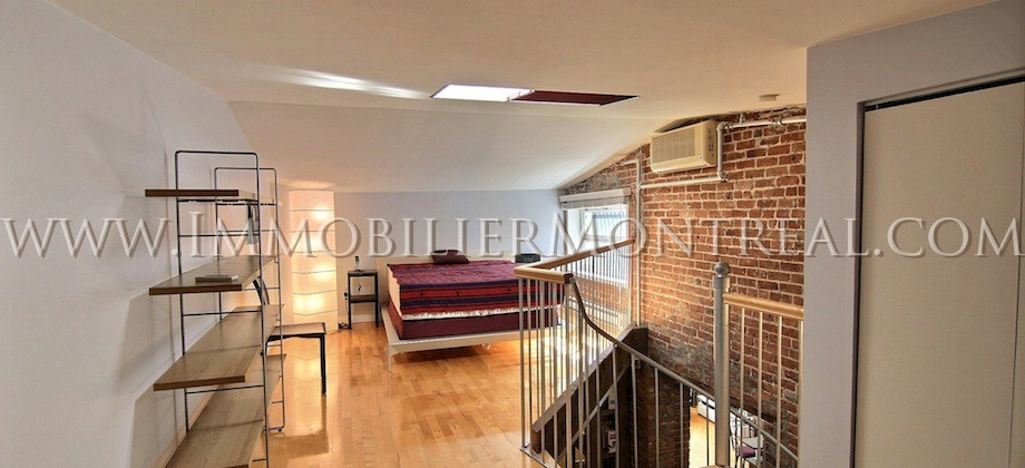 Condo-Loft-Old-Montreal-Old-Port-395-Notre-Dame-Ouest-For-Rent-A-Louer-4